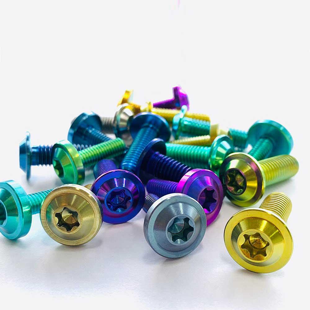 Coloring treatment of titanium screws / Xử lý màu cho vít titan