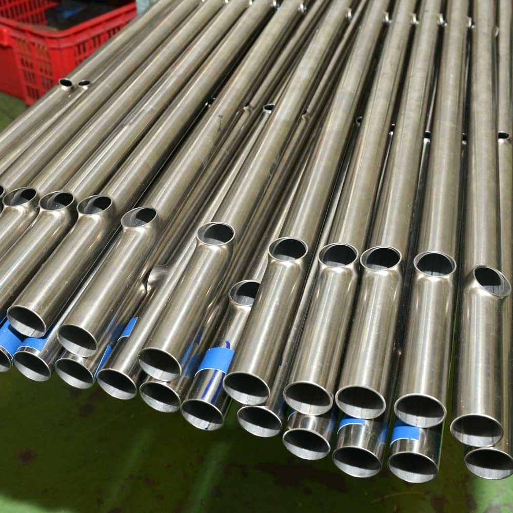 Branch pipe for manufacturing by burring / Ống nhánh để sản xuất bằng cách gờ