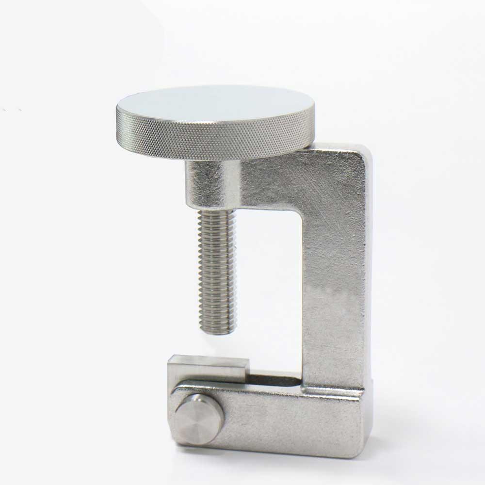 Manhole clamp (for sanitary use) / Kẹp cống (để sử dụng vệ sinh)